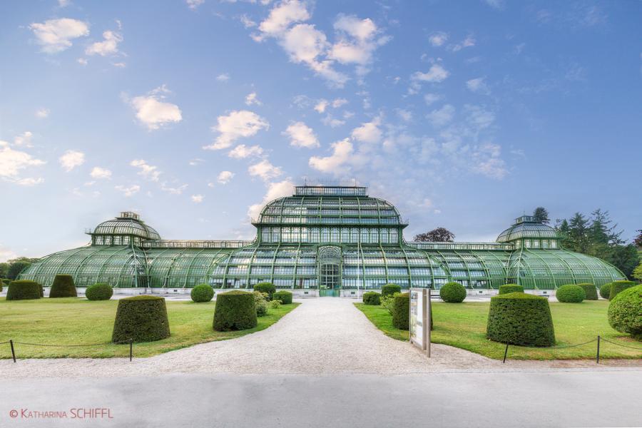 Palmenhaus im Schlosspark Schoenbrunn
