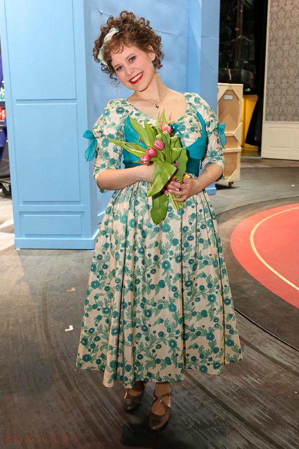 Anita Goetz bei Der Kongress tanzt-Premiere Backstage @ Wiener Volksoper