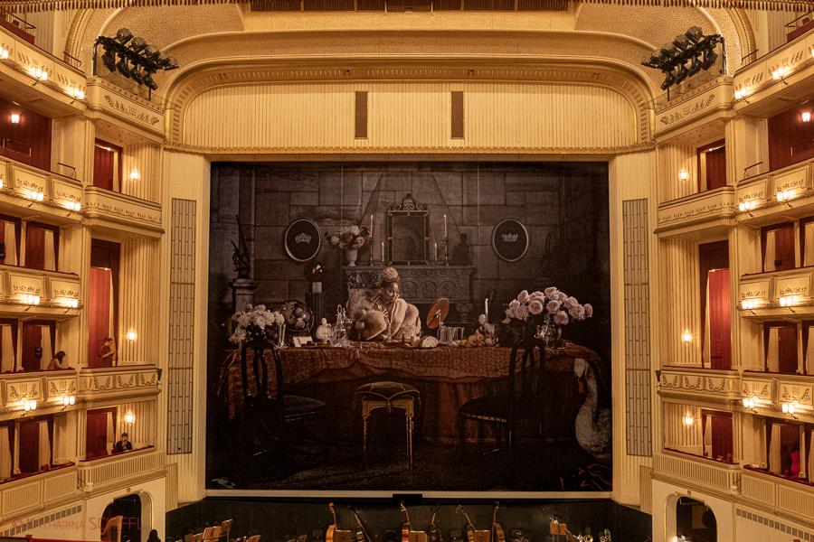 Eiserner Vorhang @ Wiener Saatsoper @ Madame Butterfly Premiere